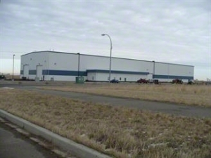 Lethbridge industrial warehouse For Sale - 36,250 SF Manufacturing/Industrial Property for sale in 3675 Giffen Road North