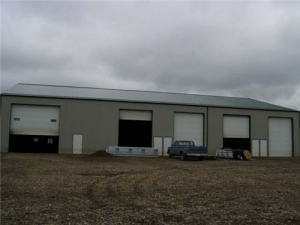 retail space For Sale - Retail/Office Property for sale in Lloydminster Sask. Nw (B2)