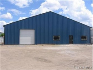 industrial warehouse For Sale - 5840 sq ft  Industrial Property for Sale in Saskatoon